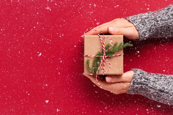 Holiday Gifts for Travel RNs